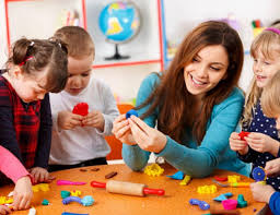 Diploma Level 4 in Montessori Education